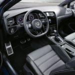 Volkswagen Golf R Napoli - console di COMANDO